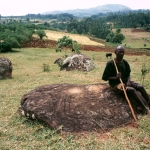 Borossa, Ethiopia. Sandstone boulder with engravings. Image ID: ethsod0060007