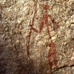 Fine line painting of elongated man holding bow and forked staff in either hand. Mashonaland, ZImbabwe. Image ID: zimmsl0310029